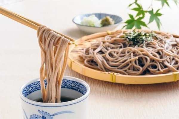 Soba noodles giapponesi